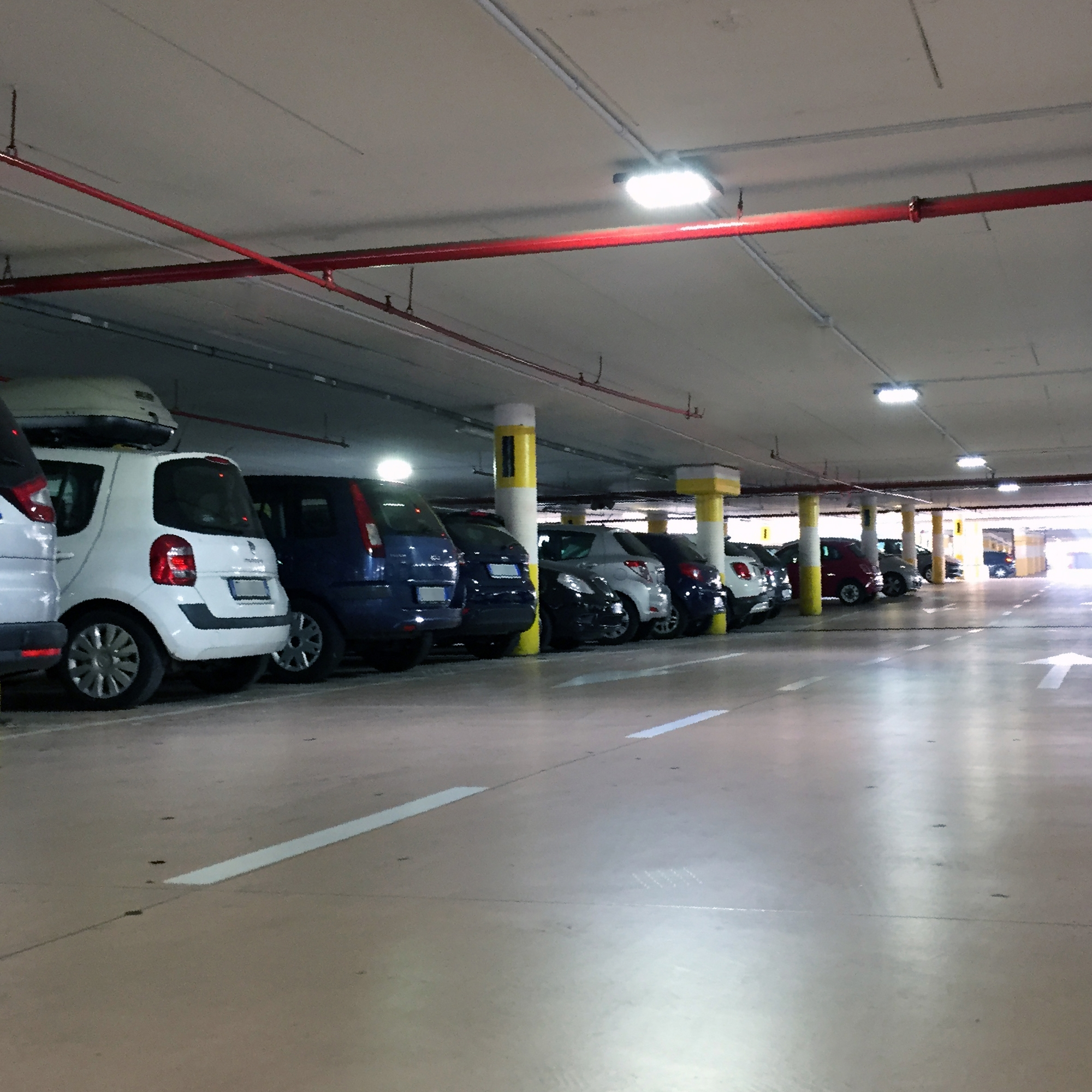 FIORDALISO SHOPPING MALL | relamping of the indoor parking Agla Group
